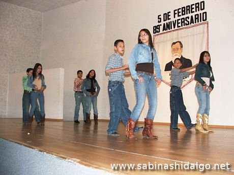 Bailable Country del Instituto Eugenio Garza Sada